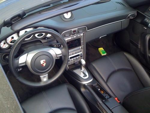 Porsche Carrera S Cockpit