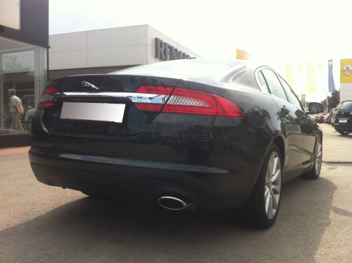 Jaguar XF 2011 back