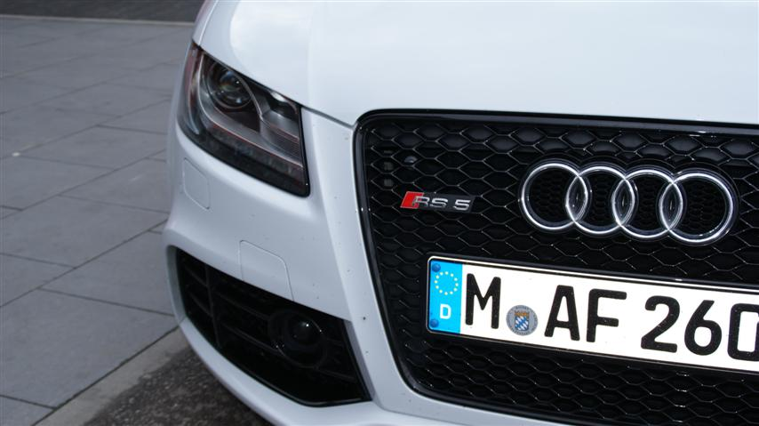 Audi_RS5_Front