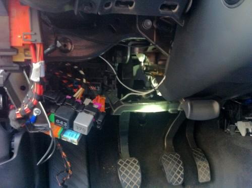 Audi_A4_B8_8K_Lenradunterbau_Sicherungen