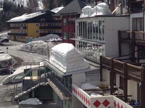 Nassfeld_April_2014_2_Meter_Schnee