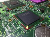 Intel_BGA_Chip