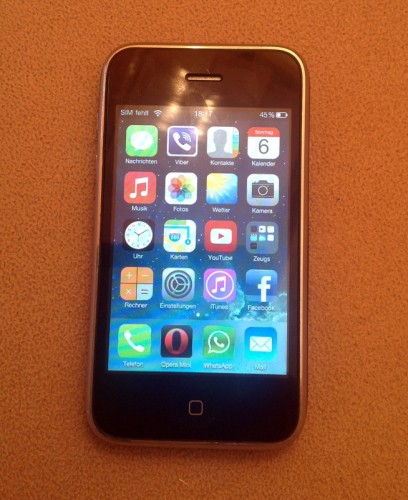 iPhone3G_whited00r_firmware_current_apps