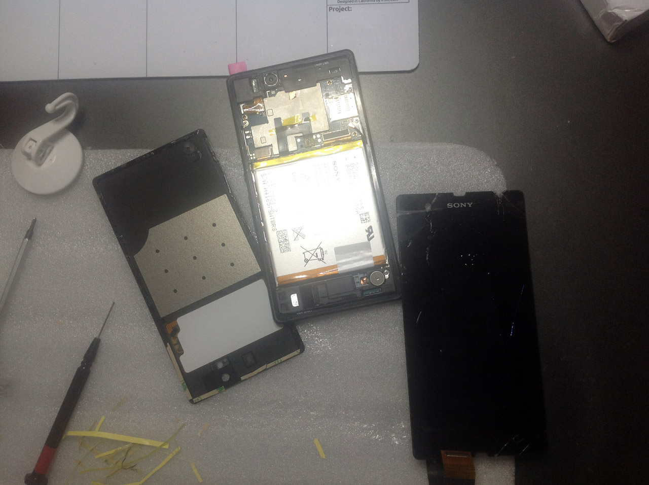 Reparatur Log – KW 37 2014 Sony Xperia und Macbook Pro Display Glas