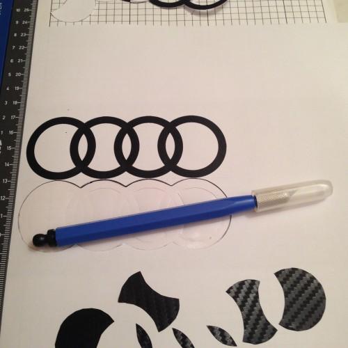 Audi_Logo_3M_Carbonfolie_Maske_Zuschnitt